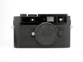 refurbished-leica-m9-p-camera-with-black-ostrich-leather4