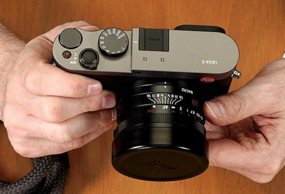 leica-q-titanium-gray-camera