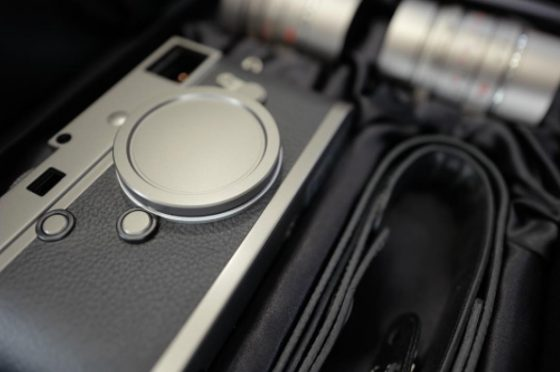 leica-m-p-typ-240-titanium-limited-edition-camera-lens-set
