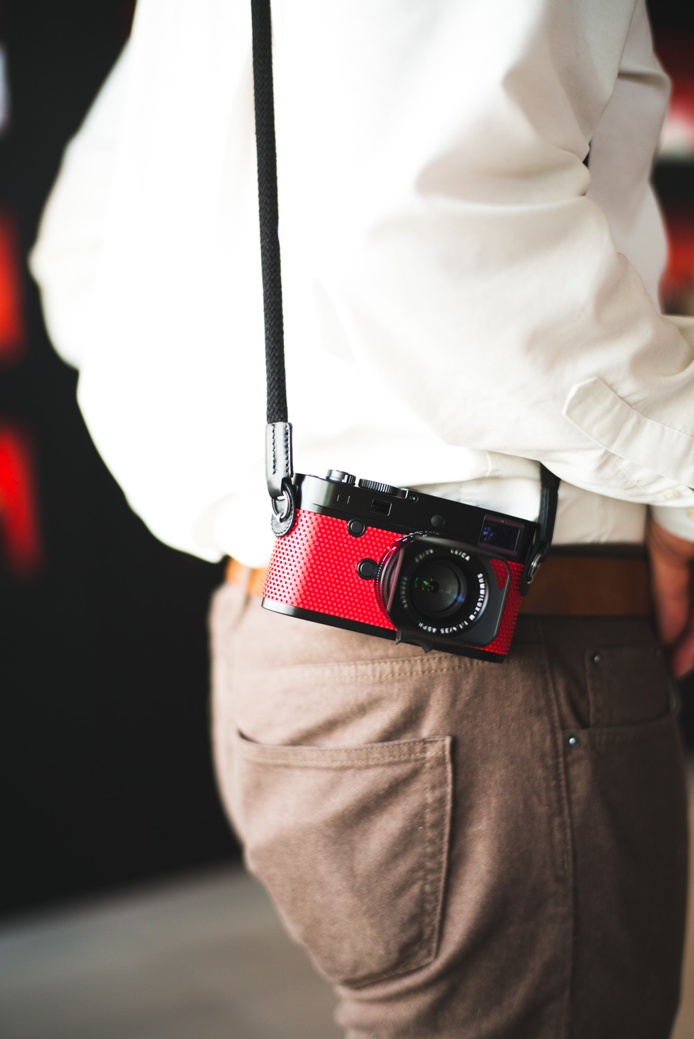 leica-m-p-grip-by-rolf-sachs-limited-edition-camera