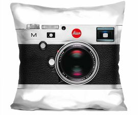 leica-pillow