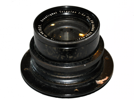 early Trioplan lens dated around 1920