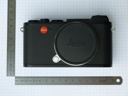"""FIrst pictures of """"Leica XY"""" (Leica CL?) mirrorless camera (with EVF)"""