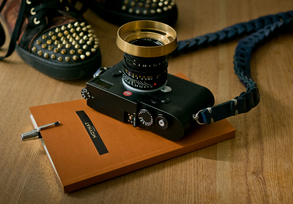 Leica digest: new M10 leather case, brass ventilated lens hoods, 75mm Noctilux review and more - Leica Rumors