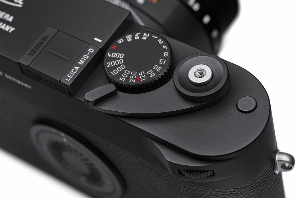 "Leica M10-D camera without LCD screen officially announced (the lever is just an ""integrated fold-out thumb rest"") - Leica Rumors"