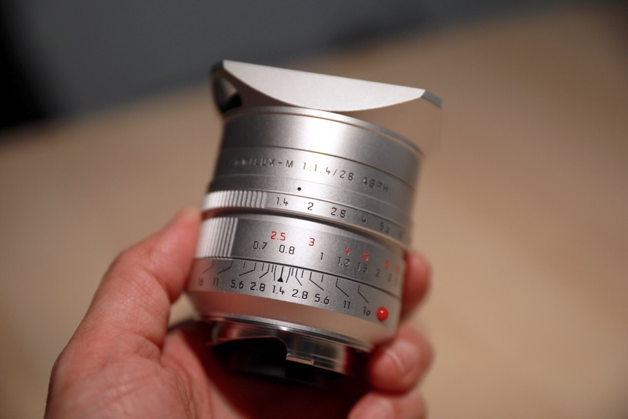Leica Summilux-M 28 f/1.4 ASPH silver anodized lens now shipping