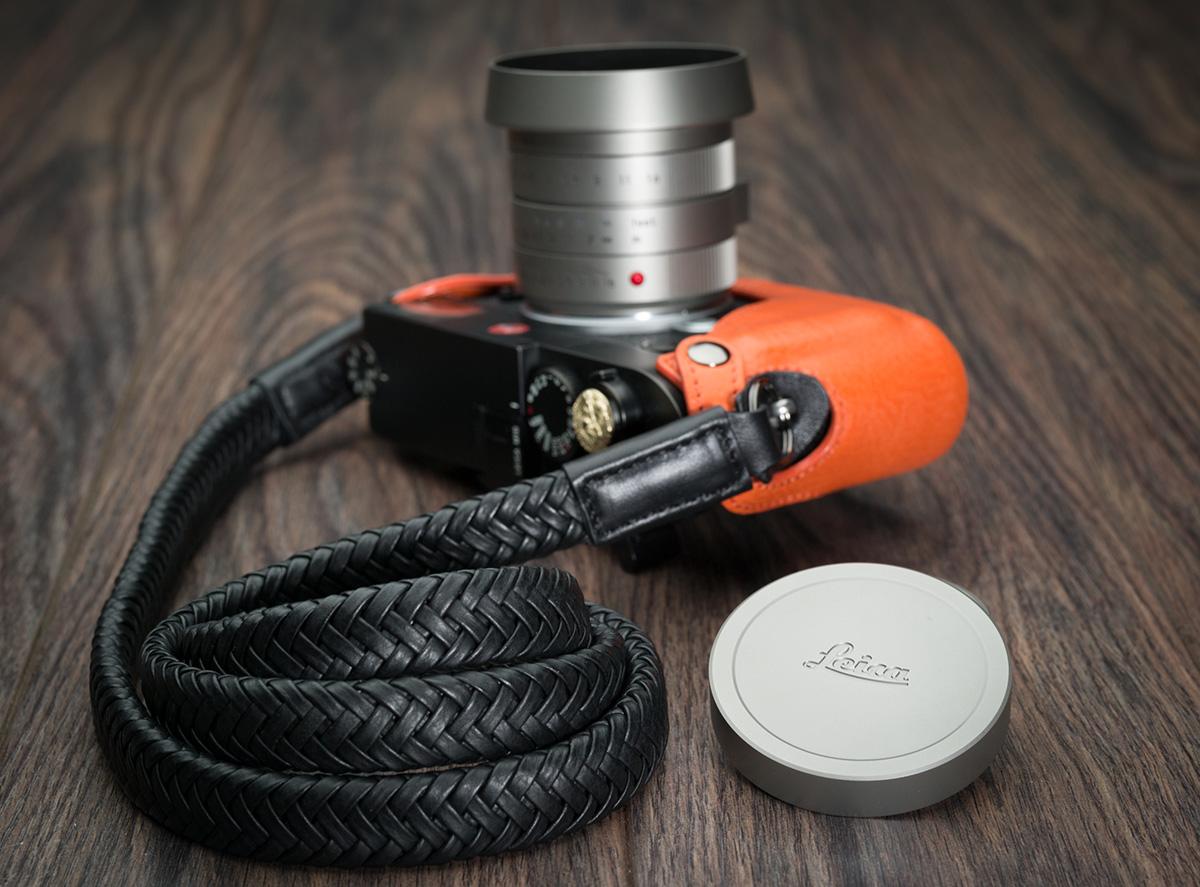 Giveaway: Vi Vante Matador Noir camera strap