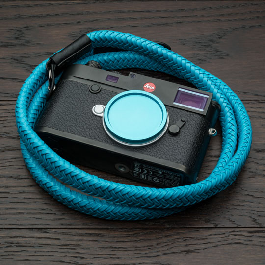 Limited time offer: selected Vi Vante camera straps now come with a free color-matching metal Leica M-mount body cap - Leica Rumors
