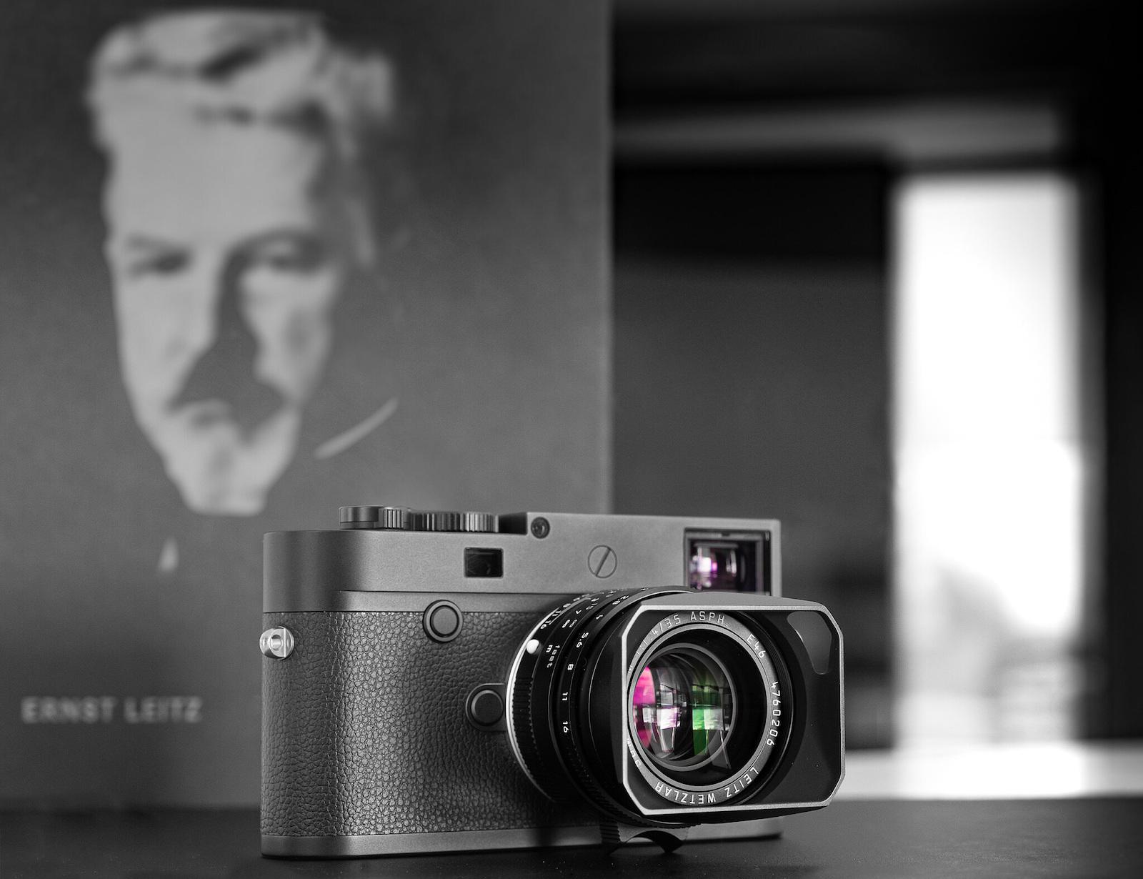 "Leica M10 Monochrom and Summilux-M 35mm f/1.4 ASPH ""Leitz Wetzlar"" limited edition announced"